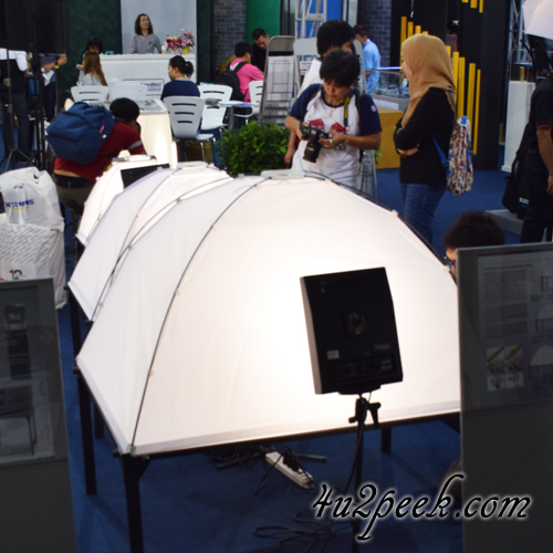 camera lighting equipment photographs